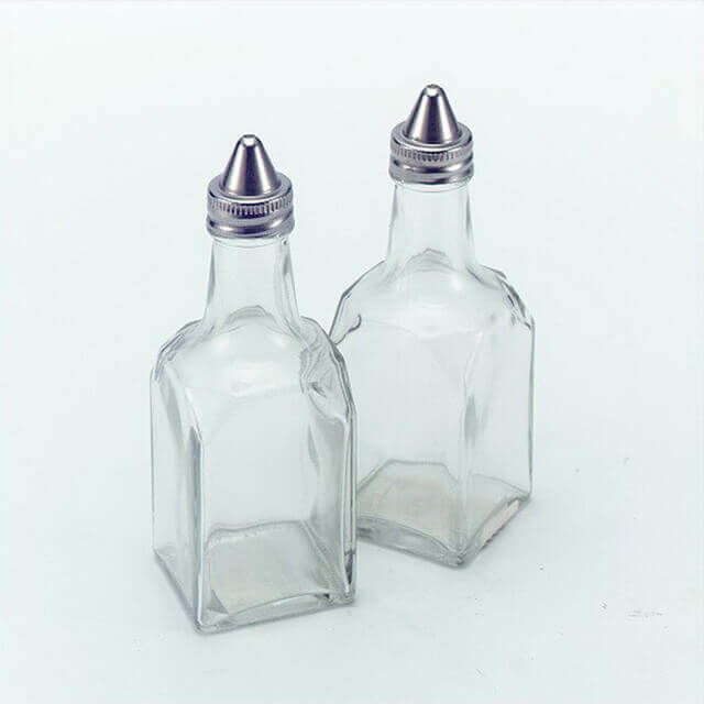 SP-07 Sugar Pourer With Chimney Cover