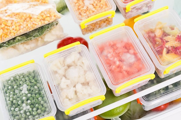 Holar - Blog - Survival Food Storage - The Beginner's Guide on a Budget - Store What You Eat and Eat What You Store - Frozen Foods