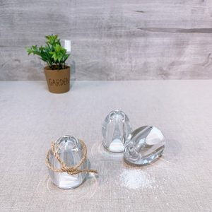 Egg-Shaped Salt and Pepper Shaker