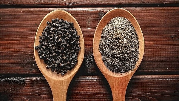 Holar - Blog - Black Pepper Grind Size How It Boosts the Flavor of Your Dishes - Why does black pepper grind size matter