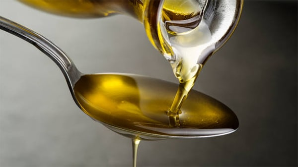 Holar - Blog - Facts About the Color of Olive Oil That Will Blow Your Mind - Why does time affect the color of olive oil