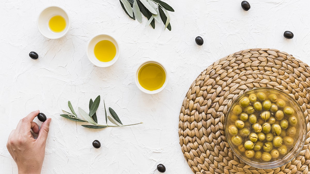 Holar - Blog - The Complete Guide to Understanding the Different Types of Olive Oil - Main