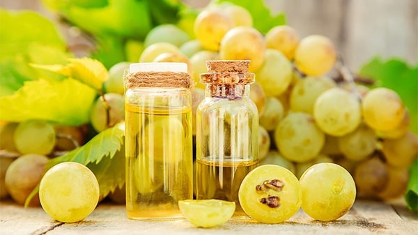 Holar - Blog - What are the uses for different edible oils when cooking - Grapeseed Oil