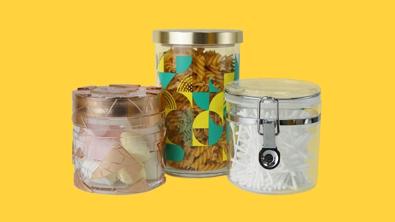 Holar eye-catching canisters