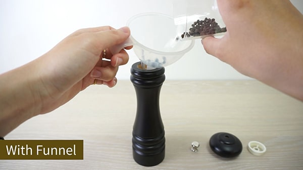 Holar how to fill pepper grinder with funnel