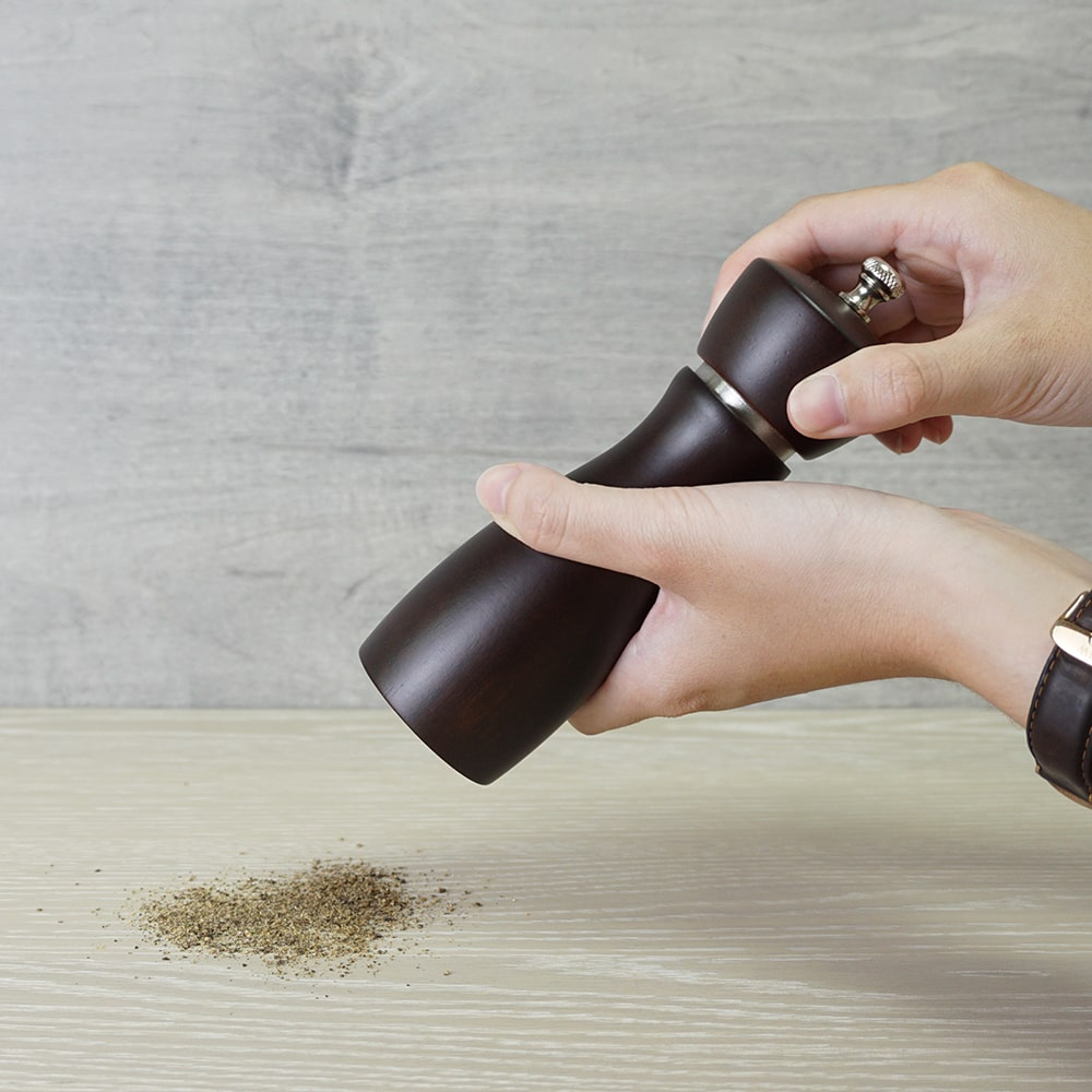 how to use Holar salt pepper mill with stainless steel ring_BAS