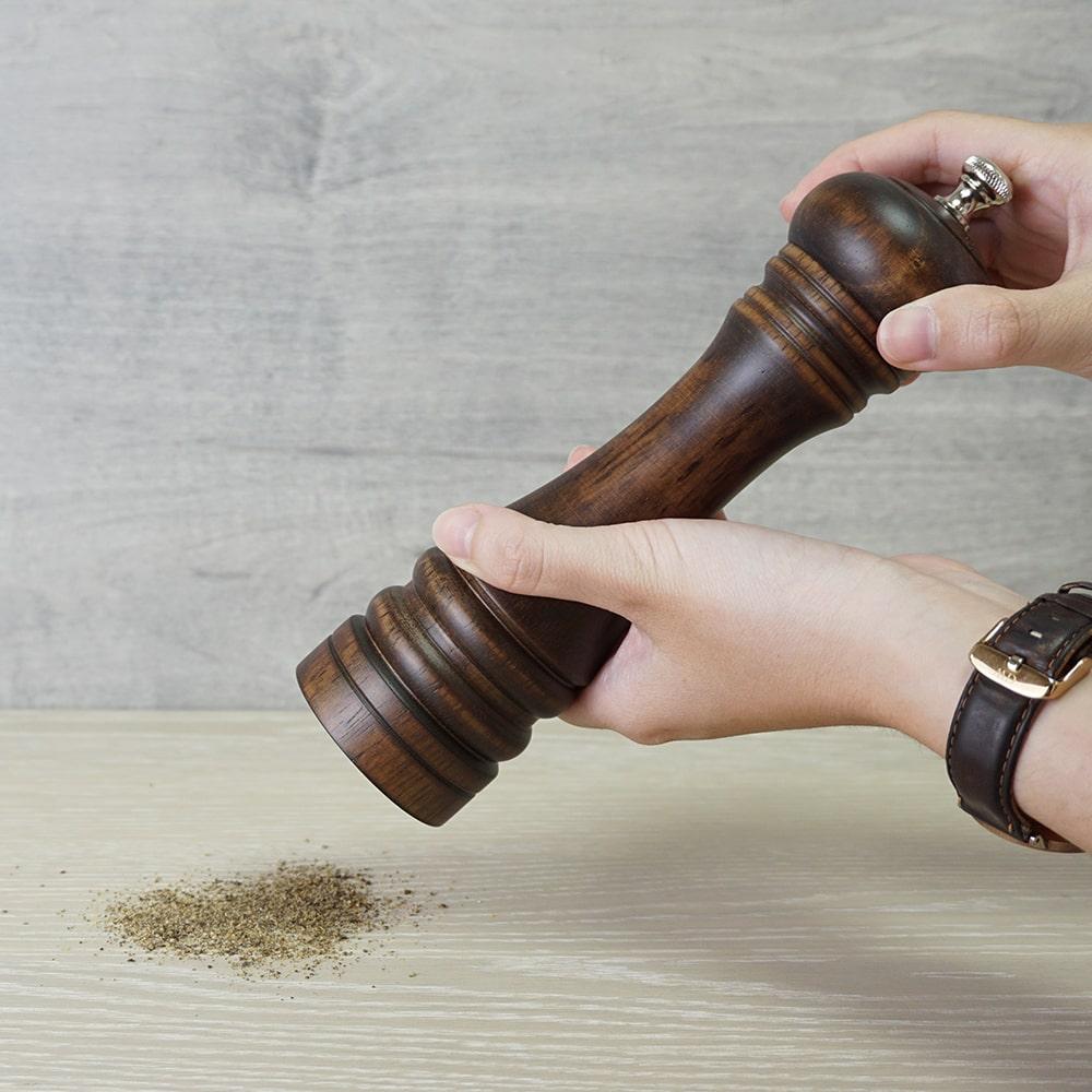 how to use Holar wood manual salt and pepper grinder_STD