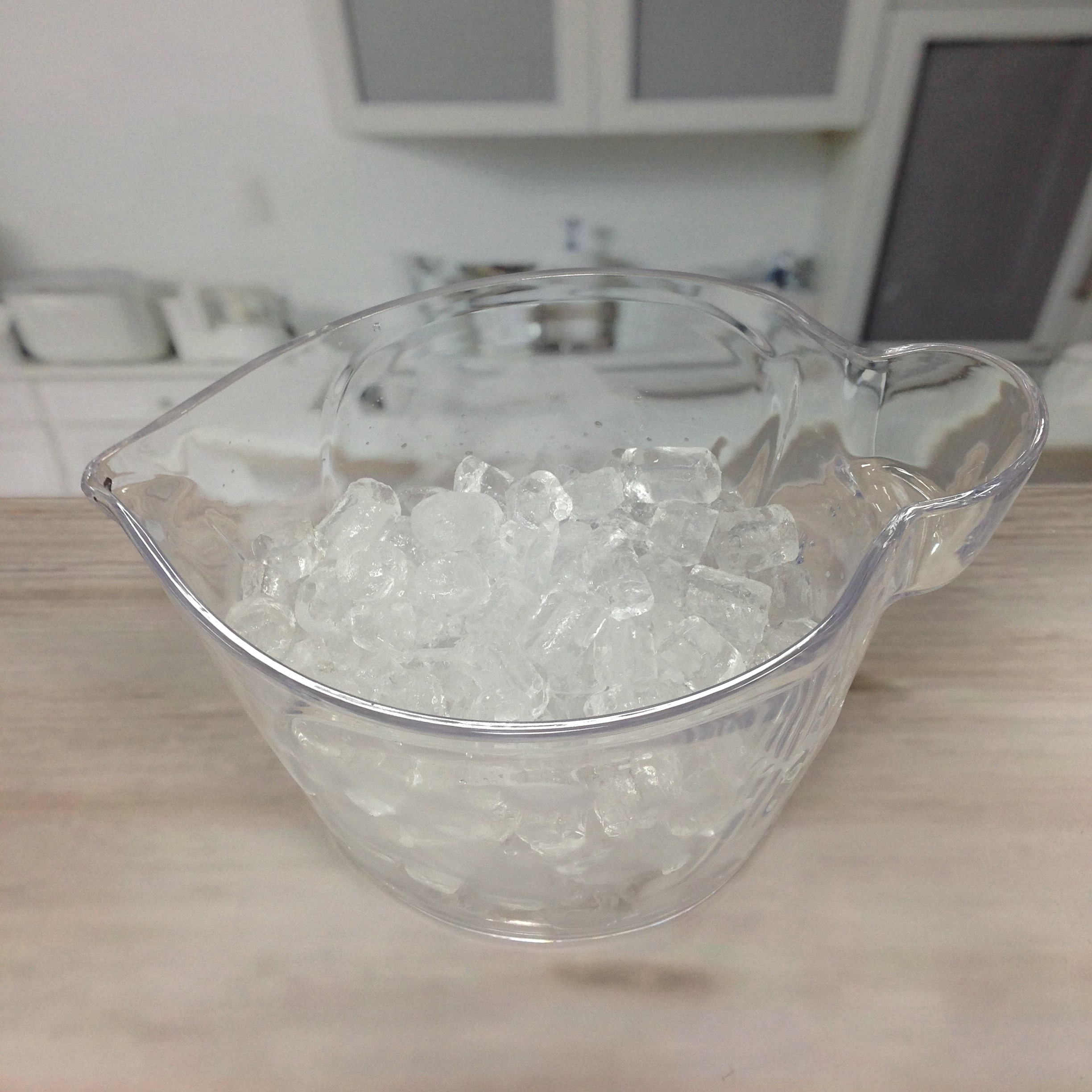 ice bucket with holder-6